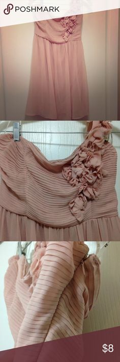 Forever 21 one shoulder chiffon Dress This delicate blush colored chiffon dress would make a beautiful addition to your wardrobe. It is fully lined with some rubber gripping along the bust to help hold it up. It has a uniquely embellished one shoulder strap that's just adorable! NWT! Thanks for looking! Forever 21 Dresses One Shoulder