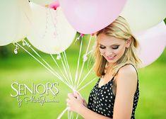 Party Girl: Balloon senior picture ideas #seniorpictureideas #seniorsbyphotojeania