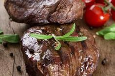 How to Bake a Petite Sirloin | eHow