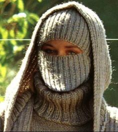 Thick Sweaters, Sweaters For Women, Thug Fashion, Gros Pull Mohair, Wooly Hats, Mask Girl, Sweater Layering, Angora, Winter Beauty