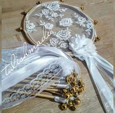 Henna Night, Boutique Design, Diy Wedding, Bracelet Watch, Embroidery, Kaftan, Crafts, Accessories, Weddings