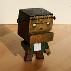 He's alive! … almost wooden toy for Tricky Oak crafted by Alex Mantovani and painted by me