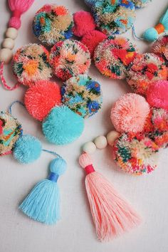 DIY The Perfect Tassel + Pom Pom Garland - Honestly WTF Pom Pom Garland, Diy Garland, Garlands, Craft Stick Crafts, Diy Crafts, Preschool Crafts, Diy Shows, Easter Crafts For Kids, Crochet Patterns For Beginners