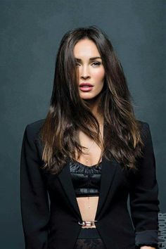 Celebrity client has been a BrowGal for 10 years! 🖤Did you know: We created the Espresso 02 pencil particularly to match her hair color! Megan Fox Hot, Megan Denise Fox, Miss Fox, Hollywood Celebrities, Celebrity Hairstyles, Woman Crush, Beautiful Actresses, Pretty People, Dame