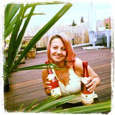 Ein schöner romantischer Abend auf unserer neuen Dachterrasse, mit einer Decke, einem Picknick, und natürlich mit einer Flasche Rotkäppchen Rosè. Dazu haben wir den Sonnenuntergang beobachtet und in diesem Moment ist die Welt stehen geblieben->unvergessen