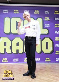 "MBC 아이돌라디오 (공식계정) on Twitter: ""[#아이돌라디오 앨범 20190905]   ep338. 엑스원_잇 with X1  #IDOLRADIO #X1 #엑스원 #강민희… "" Bodo, Resume Work, Love U Forever, Fashion Idol, Korean Boy Bands, Tv Channels, Twitter Update, Picture Credit, Starship Entertainment"