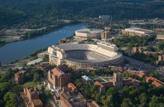 The University of Tennessee, Knoxville on the TN River.  How can you not love this! We will live in TN one day!