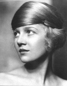 """The photo """"Ann Harding"""" has been viewed 234 times. Hollywood Glamour, Classic Hollywood, Ann Harding, Divas, 1930s Hair, Retro Updo, Retro Hairstyles, Famous Photographers, Women In History"""