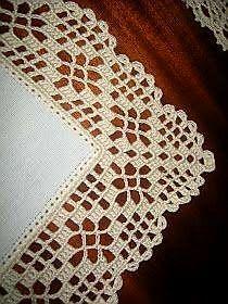 Hardanger crochet patchwork cover with delicate floral ornaments Crochet Boarders, Crochet Edging Patterns, Crochet Lace Edging, Crochet Doilies, Knitting Patterns, Col Crochet, Filet Crochet, Easy Crochet, Crochet Stitches