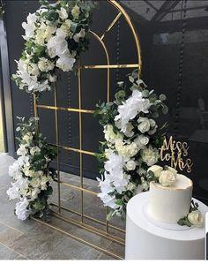 Wedding Backdrop Design, Wedding Stage Decorations, Wedding Props, Backdrop Decorations, Flower Decorations, Backdrops, Background Decoration, Bridal Shower Party, Wedding Background