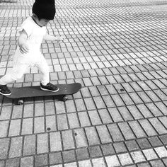 Instagram #skateboarding photo by @maya.ao - #aboy#skatespot#streetphoto#street#streetwear#streetfashion#streetphotography#skater #skateboy #skateday #skate4fun #skategirl #skateboarding #skateboard #skatelife #skatephotoaday #nike #nikesb #supreme #supremenyc #supremenewyork  #kidsstyle #kidsfashion #ig_kids  #styleoftheday #blackandwhite #blackandwhitephotography #outfitoftheday #stylegram #styleoftheday #fashiongram. Support your local skate shop: SkateboardCity.co