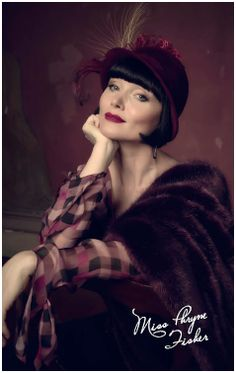 Miss Fisher Tin Magnet Red