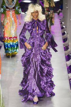 Tendance mode couleur hiver 2017 violet Gucci