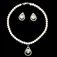 Ivory Pearl Elegant Drop Two Piece Ladies Necklace and Earrings Jewelry Set (38 cm) – USD $ 14.99