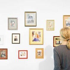 Martin-Parr Autoportraits-1991-2012-©-NRW-Forum Foto-Andreas-Kuschner-ALIMONIE Martin Parr, Genre, Gallery Wall, Frame, Home Decor, Pictures, Self Portraits, Future, Picture Frame