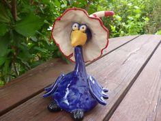 Rabe aus Keramik - dunkelblau mit Zipfelmütze von KeramikSchneider auf DaWanda.com