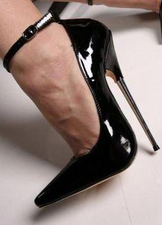 high heels – High Heels Daily Heels, stilettos and women's Shoes Hot Heels, Black High Heels, High Heels Stilettos, High Heels Schwarz, Talons Sexy, Extreme High Heels, Beautiful High Heels, Metallic Heels, Killer Heels