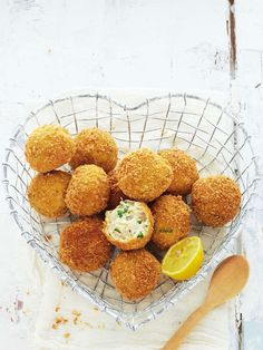 Step-By-Step: Dynamite Croquettes - Try this delicious snack with a variety of different fillings