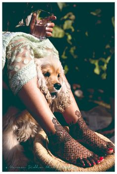 Indian Wedding Photography - The perfect mehendi for the bride with her perfect pet!