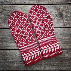 Pildiotsingu heart mittens knitted tulemus