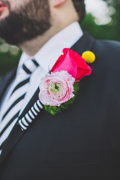 Kate Spade inspired boutonniere - photo by Teale Photography http://ruffledblog.com/colorful-southern-wedding-with-whimsy