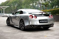 Nissan GT-R Custom Collection - 2010 - Full-Size Picture 11L1834250530512