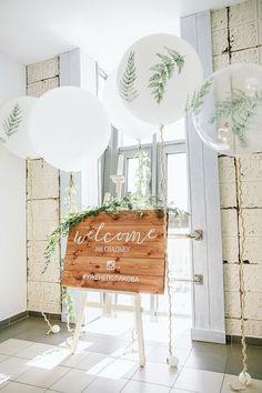Eco Wedding White green fern art clear big balloon eco greenery wedding welcome zone Big Balloons, White Balloons, Wedding Balloons, Baby Shower Balloons, Baby Shower Parties, Baby Shower Themes, Baby Showers, Balloon Centerpieces Wedding, Shower Ideas