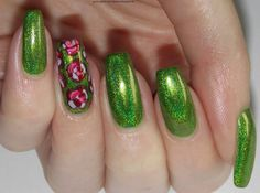 Green, Glaze & Glasses: Smitten Polish - Girl Sprouts & roses (Nail Art)