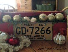 Christmas tote www.Gardenchick.com