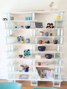 How to make a brick and board bookshelf fireplaces therapy and apartment - Fabriquer etagere bois ...