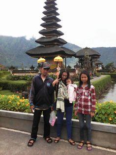 Foto kiriman Ale Fadli  Liburan bersama keluarga di Bali #FotoKeluargaEMCO
