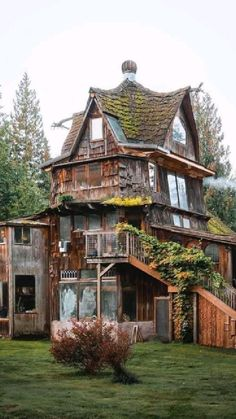 Bg Design, House Design, Beautiful Buildings, Beautiful Homes, Cabin In The Woods, Cute House, Witch House, Sims House, House Goals