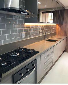 """2,225 Likes, 35 Comments - Por Dâmmaris Lourrany (@arq4home) on Instagram: """"Cozinha em tons de fendi e Branco, com portas de vidro na parte superior. Projeto: Arquitetura de…"""""""