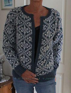 Strikker Vanjas varme kofte - Lilly is Love Motif Fair Isle, Fair Isle Pattern, Fair Isle Knitting, Free Knitting, Knitting Designs, Knitting Patterns, Norwegian Knitting, Fair Isles, Knit Cardigan