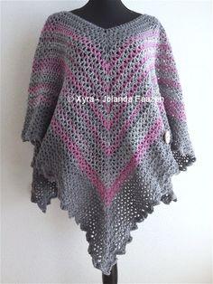 #PATR1029 #Omslagdoek #sjaal #haakpatroon #patroon #haken #gehaakt #crochet #pattern #scarf #shawl #poncho #DIY #recht #square #vierkant #trapezium  Patroon (NL) is beschikbaar via: Pattern (English-US) is available at: www.xyracreaties.nl www.ravelry.com/stores/xyra-creaties www.etsy.com/shop/XyraCreaties