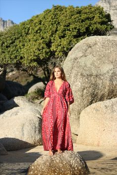 The Red Ladybird Evening Dress Evening Dresses, Awards, Fiber, Shoulder Dress, Red, Fashion, Evening Gowns Dresses, Moda, Fashion Styles