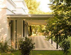Do Pergolas Give Shade Home Room Design, House Design, Pergola Patio, Backyard, Outdoor Rooms, Outdoor Decor, French Country House Plans, Outside Living, Facade House