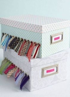 Craft, Show & Sell - Ribbon spool holder photo by toriejayne, tutorial Sewing Room Organization, Craft Room Storage, Ribbon Organization, Office Organization, Makeup Organization, Space Crafts, Home Crafts, Kids Crafts, Easy Crafts