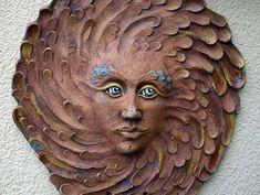 Keramický reliéf - sluneční žena modrá Sculpture Art, Sculptures, Objects, Statue, Garden, Ideas, Garten, Lawn And Garden, Gardens