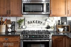 6 Appealing Cool Tips: Quirky Kitchen Decor Retro Vintage farmhouse kitchen decor pictures.Kitchen Decor Kmart Home Accessories. Farm Kitchen Ideas, Farmhouse Kitchen Signs, Kitchen Redo, Rustic Kitchen, New Kitchen, Kitchen Backsplash, Kitchen Design, Warm Kitchen, Kitchen Cupboard