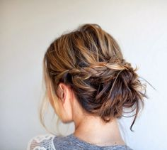 THREE DIY Bridal Hair Tutorials: Hi ladies, I have partnered with Nume to create three DIY bridal hairstyles that are SIMPLE & stylis. Diy Bridal Hair, Bridal Hair Tutorial, Cute Bun Hairstyles, Wedding Hairstyles, Hairstyle Ideas, Gorgeous Hairstyles, Hairstyles 2016, Wedding Updo, Short Hair Bun