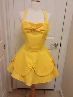 Belle adult apron by AJsCafe on Etsy