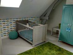 Jongensslaapkamer, behang Perron 11