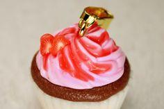 Fimo Kette Cupcake Anhänger Polymer Clay von ZuckerschnuteShop