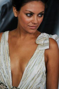 Mila Kunis-love her