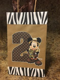 Birthday cake boys disney party favors ideas for 2019 Safari Birthday Cakes, Jungle Theme Birthday, Jungle Theme Parties, Safari Theme Party, Mickey Birthday, Mickey Party, Jungle Party, Party Themes, Birthday Crafts