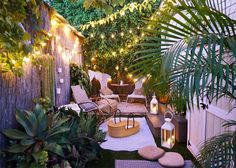 8 Cute Small Gardens and Outdoor Spaces Photos | Architectural Digest