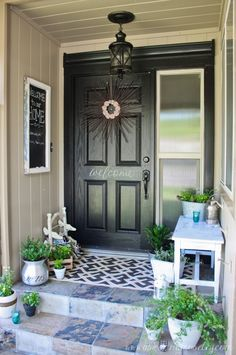 creative front door decor suggestions you for curb appeal and also elegant welcomings. Front door enhancing that is easy, classic + fun! Small Front Porches, Farmhouse Front Porches, Front Porch Design, Porch Designs, Small Porch Decorating, Decorating Ideas, Decor Ideas, Door Decorating, Front Porch Makeover