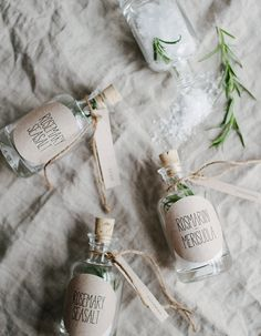 DIY: rosemary sea salt favors and free lables.