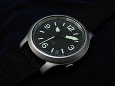 Seiko 5 (SNK809) with custom dial and hands from Yobokies.